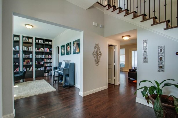 2232 Hemingway Lane, Carrollton, TX - USA (photo 5)