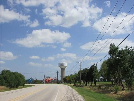 401 W Byron Nelson Boulevard, Roanoke, TX - USA (photo 2)