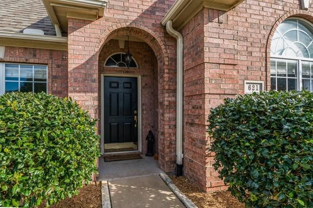 621 Clay Lane, Sherman, TX - USA (photo 2)