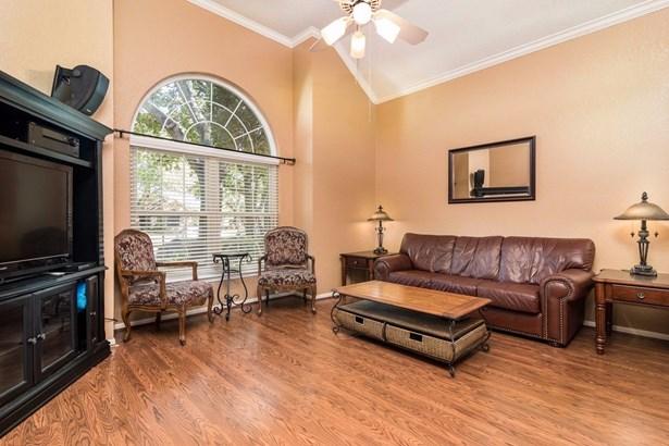 4504 Chadourne Court, Grapevine, TX - USA (photo 5)