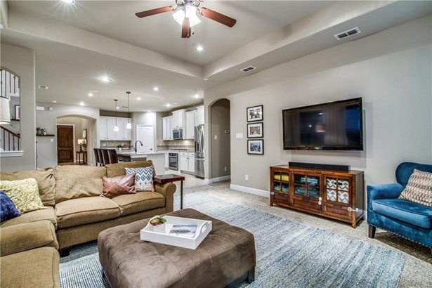 6808 Swallow Lane, North Richland Hills, TX - USA (photo 4)
