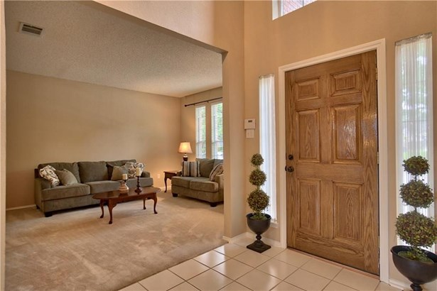 1313 Mustang Drive, Lewisville, TX - USA (photo 2)