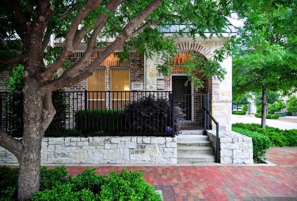 15855 Breedlove Place, Addison, TX - USA (photo 1)