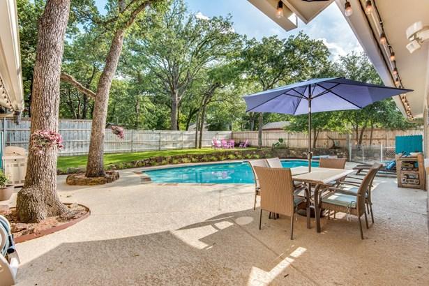 1409 Cedar Ridge Terrace, Euless, TX - USA (photo 3)