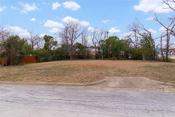 4821 Ash Street, North Richland Hills, TX - USA (photo 3)