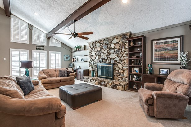 2405 Springwood Lane, Richardson, TX - USA (photo 4)