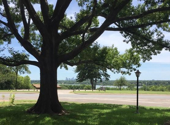 406 Peavy Road, Dallas, TX - USA (photo 1)