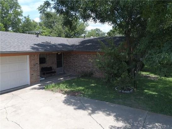 105 E Young Street, Howe, TX - USA (photo 1)