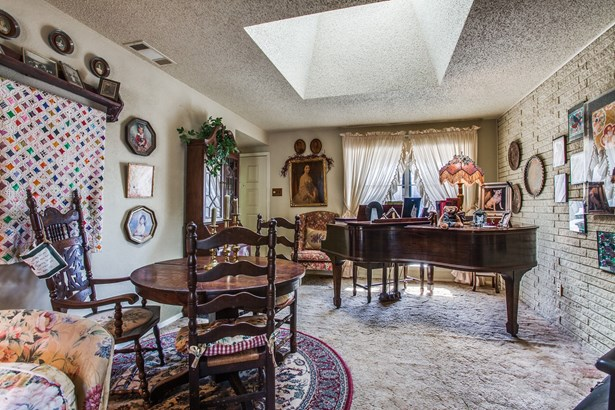 1312 Magnolia Drive, Richardson, TX - USA (photo 5)