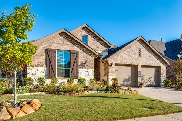 9901 Trinity Drive, Little Elm, TX - USA (photo 2)