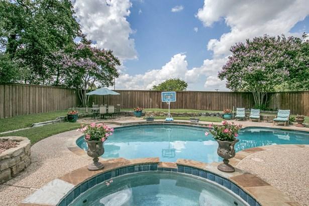 2207 New Mill Lane, Arlington, TX - USA (photo 1)