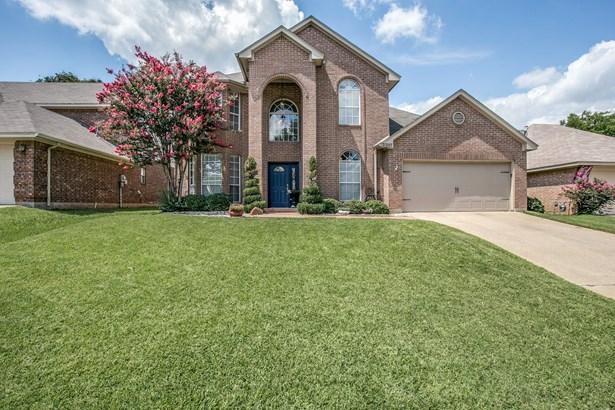 2207 New Mill Lane, Arlington, TX - USA (photo 2)
