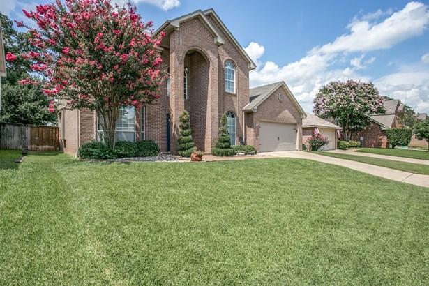 2207 New Mill Lane, Arlington, TX - USA (photo 3)