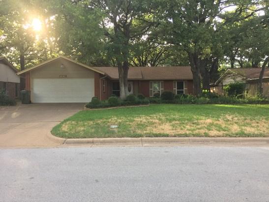 2805 Buffalo Drive, Arlington, TX - USA (photo 2)
