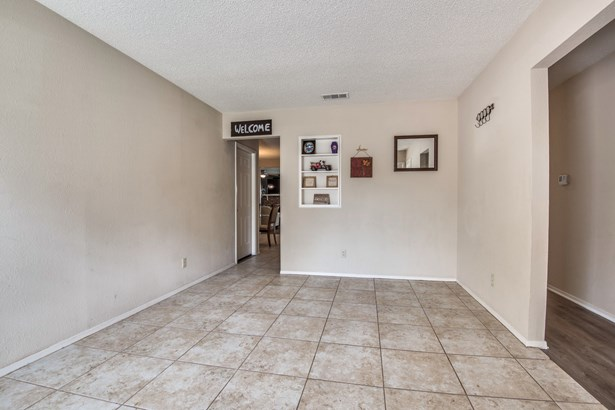 2822 Stafford, Irving, TX - USA (photo 3)