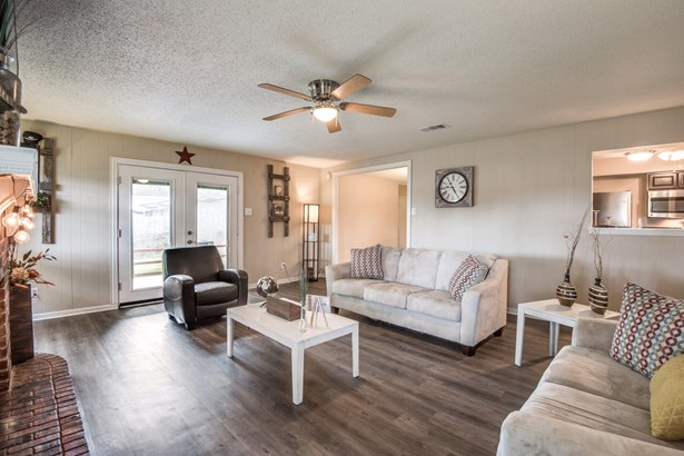 2822 Stafford, Irving, TX - USA (photo 4)