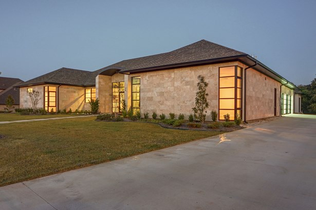 3706 Post Oak Trail, Corinth, TX - USA (photo 3)