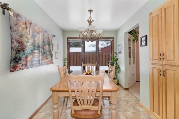 1 Story, Residential - APPLETON, WI (photo 3)