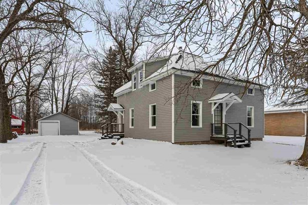 2 Story - Little Suamico, WI
