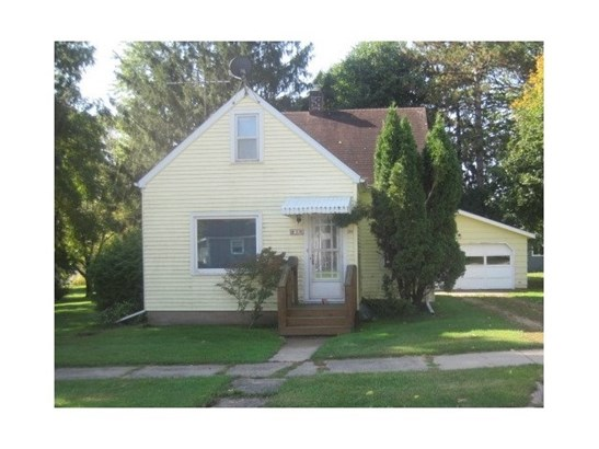 1.5 Story - Clintonville, WI