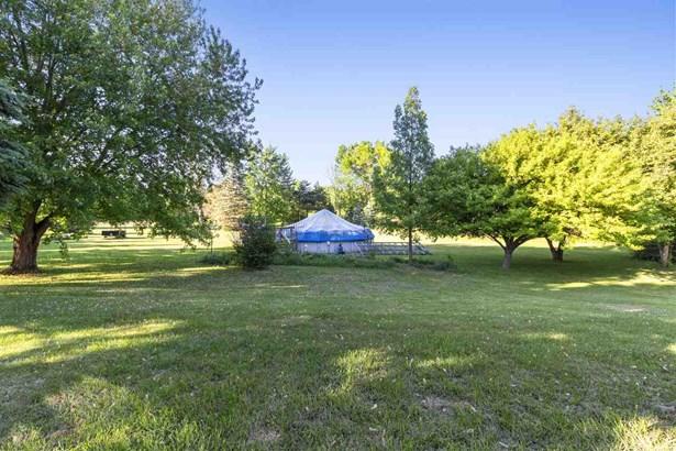 1 Story, Ranch - Neenah, WI (photo 4)