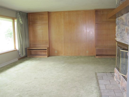 1 Story, Residential - CLINTONVILLE, WI (photo 2)