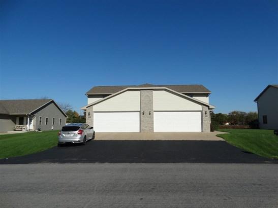 Duplex (2 Unit), 2 Story - NEENAH, WI (photo 1)