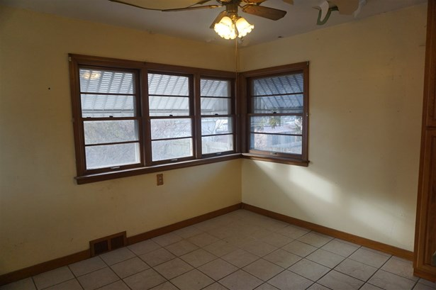 Residential, 2 Story - FOND DU LAC, WI (photo 4)