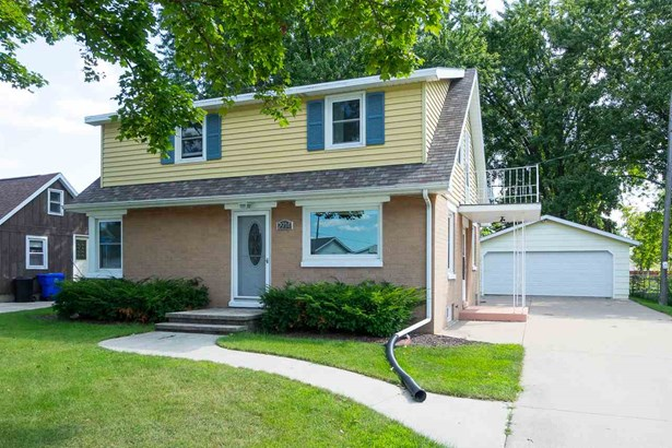1.5 Story, Residential - APPLETON, WI (photo 1)