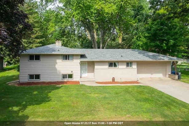 Tri-Level, Residential - NEENAH, WI (photo 1)