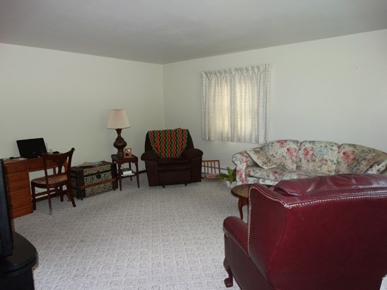 1 Story, Residential - NEENAH, WI (photo 3)