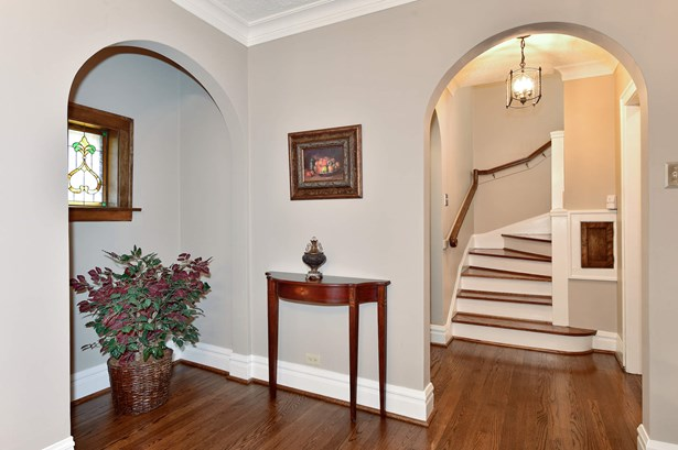 Alcove and Staircase to Second Level (photo 3)