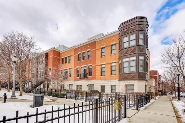 759 W 15th Street, Chicago, IL - USA (photo 1)