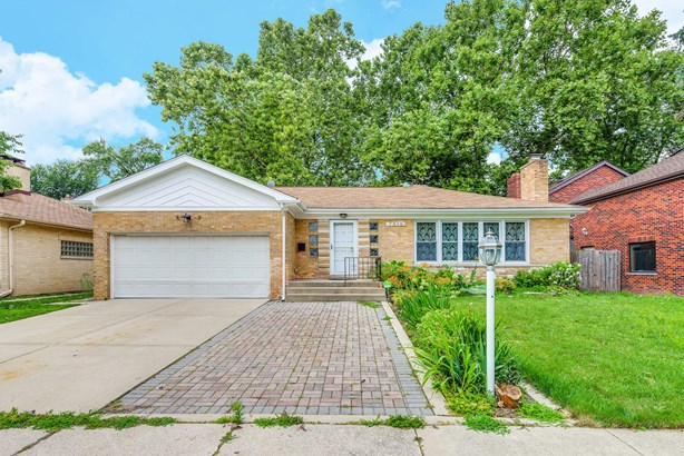 7316 N Tripp Avenue, Lincolnwood, IL - USA (photo 1)