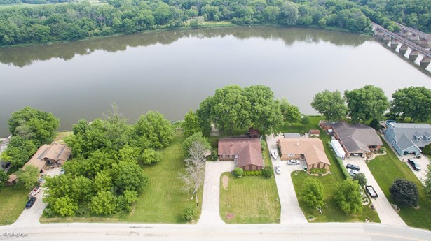 24736 Cottage Road, Wilmington, IL - USA (photo 2)