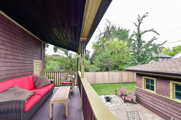 Back Deck (photo 2)