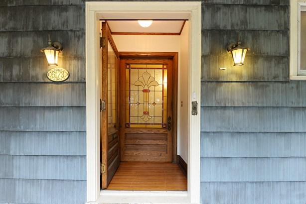 Front Door (photo 4)