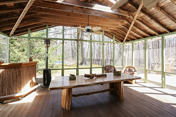 Screened in Porch (photo 2)