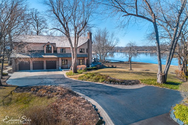 2723 Regner Road, Mchenry, IL - USA (photo 1)