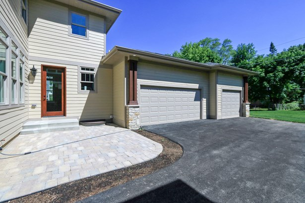 647 Meadow Lane, Libertyville, IL - USA (photo 4)