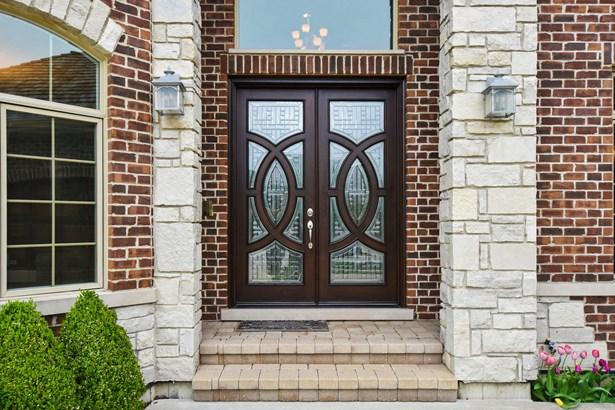Front Entrance (photo 3)