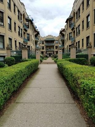5520 S Cornell Avenue 2n, Chicago, IL - USA (photo 1)