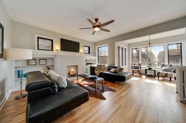 Living Room - 2nd Floor (photo 3)