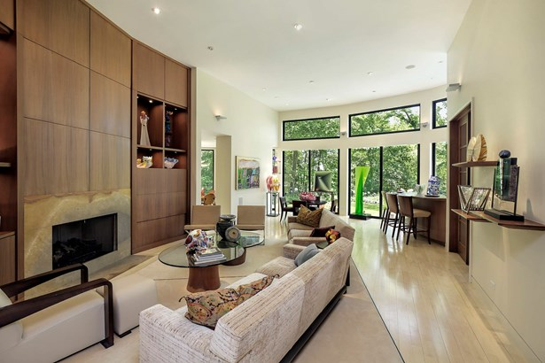 Family Room~Great Room (photo 2)