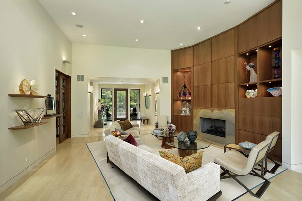 Family Room~Great Room (photo 3)