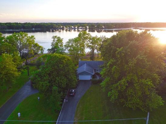 40584 N Lake Bluff Drive, Antioch, IL - USA (photo 4)
