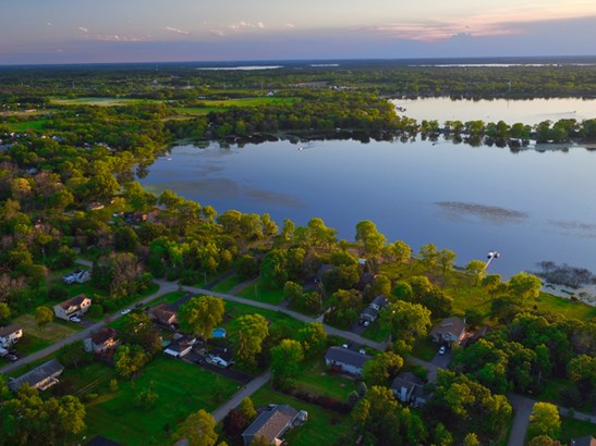40584 N Lake Bluff Drive, Antioch, IL - USA (photo 5)