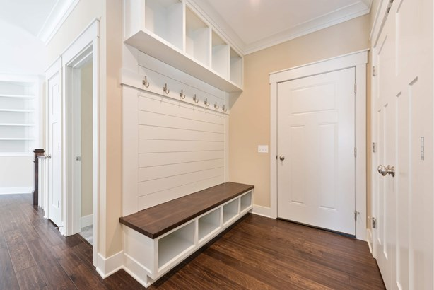 Mudroom (photo 5)