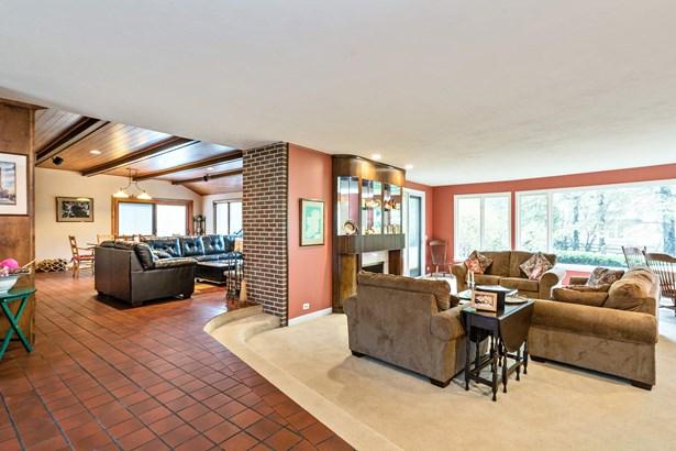 Living Room/Family Room (photo 3)