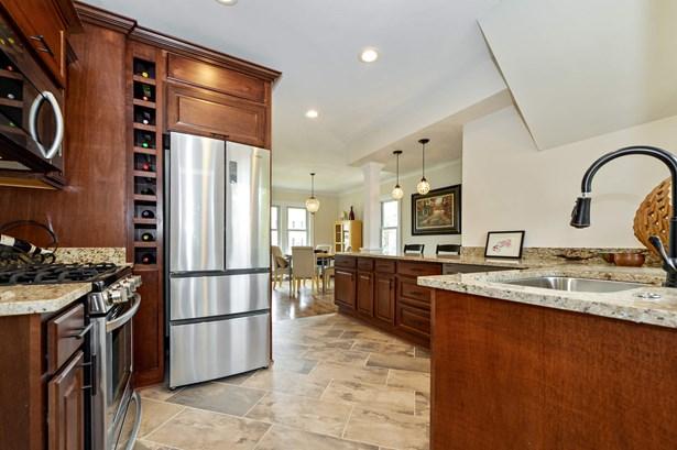 Incredible Kitchen (photo 5)
